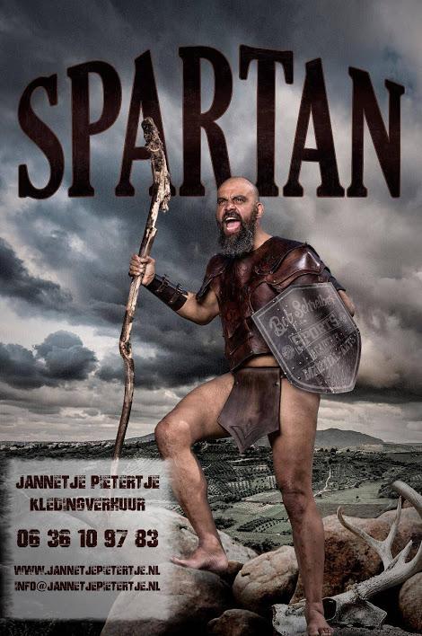 Fotosessie Poster voor Sportsacademy Schreiber, Spartan lessons. in kleding van Jannetje Pietertje Kledingverhuur